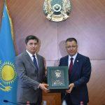 ОҚО-да өзбекстандық тауарөндірушілердің көрмесі өтіп жатыр