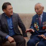 Павлодар облысының әкімі ардагерлерді Жеңіс күнімен құттықтады