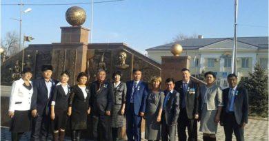 Тәуелсіздіктің қарлығашы- Қайрат  тірегі – Астана