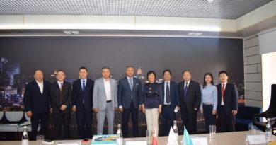 Азат Перуашев Хубэй провинциясынан келген Қытай делегациясымен кездесті