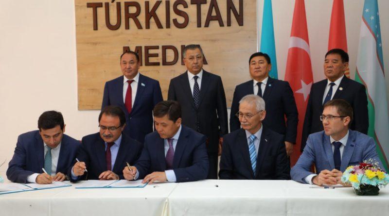 Түркістан тынысы —  түркі әлеміне тарайды