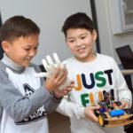 Жас ғалымдар робототехника бойынша стартап жобалар жасайды