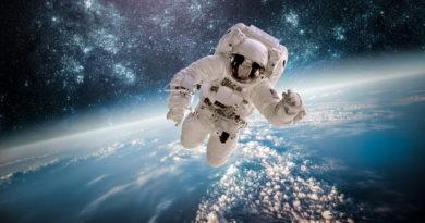 МӘҢГІЛІК ӘУЕН ғарышкер Армстронгтың жүрегін жібіткен АЗАН