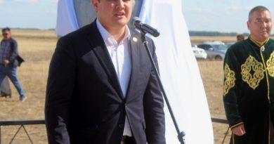 Павлодар облысында Тілеуқабыл батырдың ескерткіші орнатылды