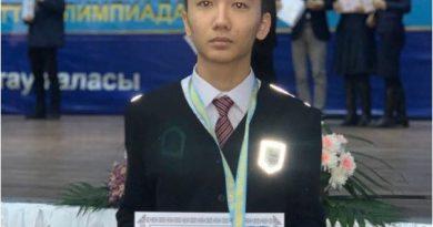 Павлодар қаласы Назарбаев зияткерлік мектебінің оқушысы Президенттік олимпиададан күміс медальмен оралды