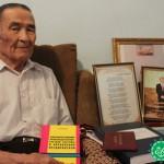 80 жасында ғылым докторы атанды