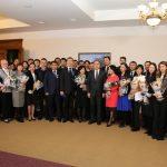 Дәурен Абаев мереке қарсаңында мемлекеттік наградаларды табыстады